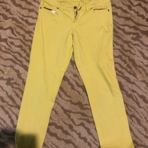 Straight leg limited jeans